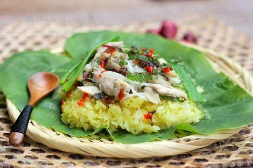 Steamed Sticky Rice with Chicken - Xôi Gà