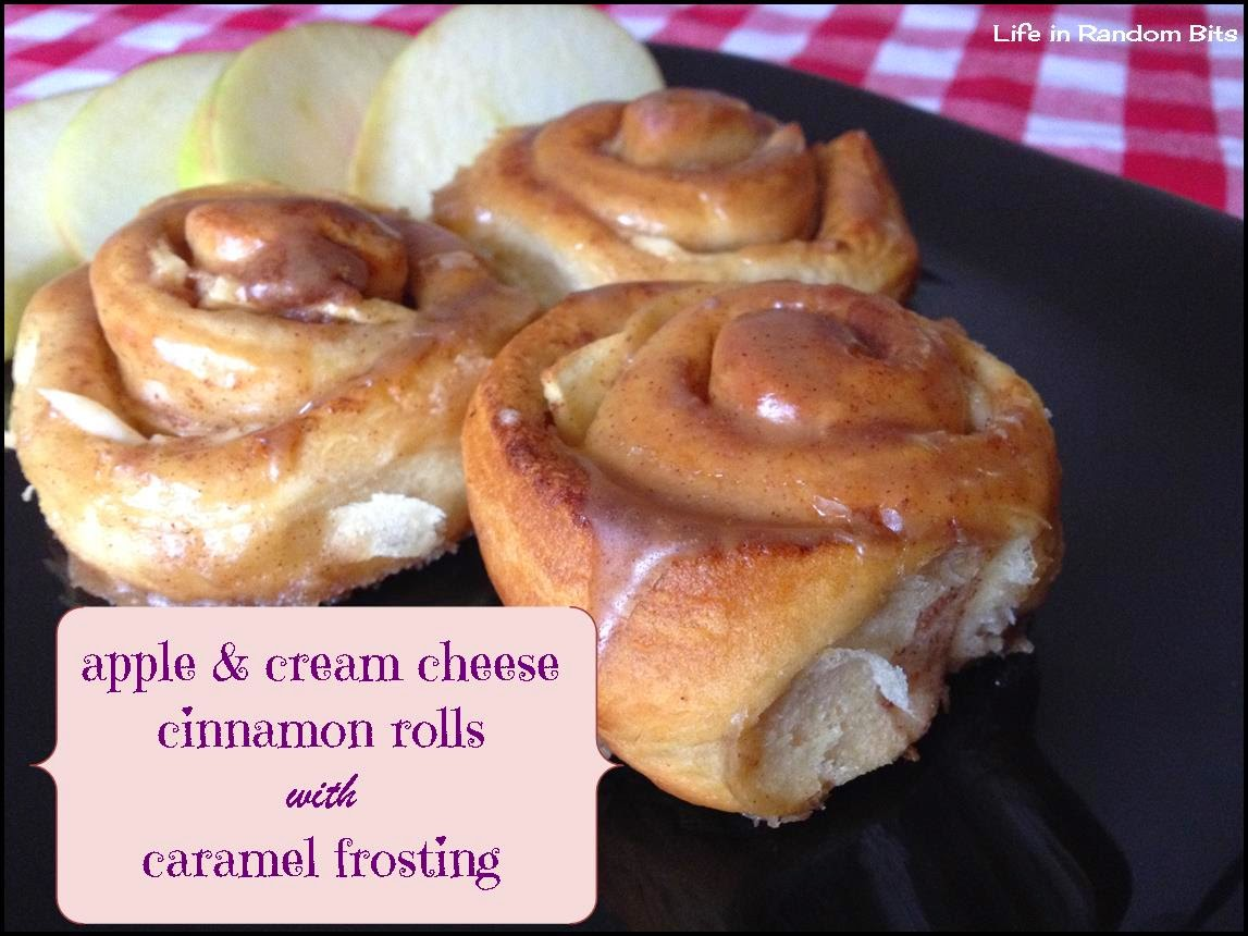 Apple & cream cheese cinnamon rolls ~ Life in Random Bits #breakfast #pastry #apples