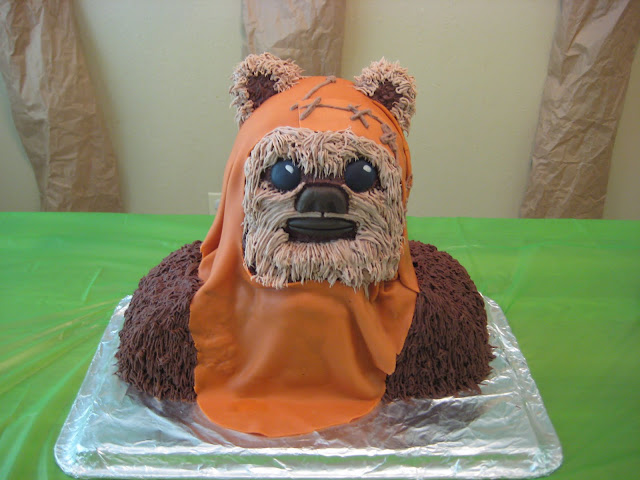 Star Wars 3D Wicket the Ewok Cake 1