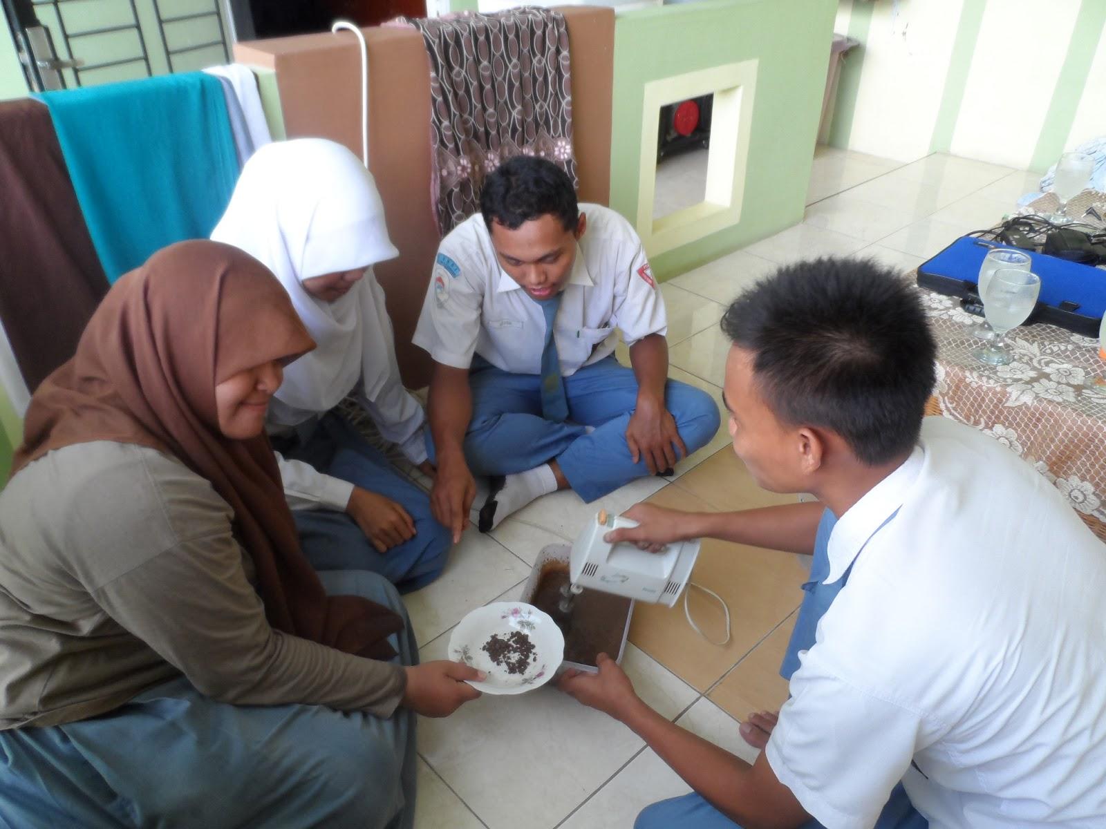Ihsaniah Mufra Laporan Praktikum Pembuatan Ice Cream