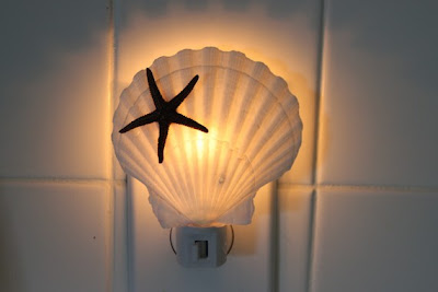 18 Creative and Cool Night Lights (21) 16