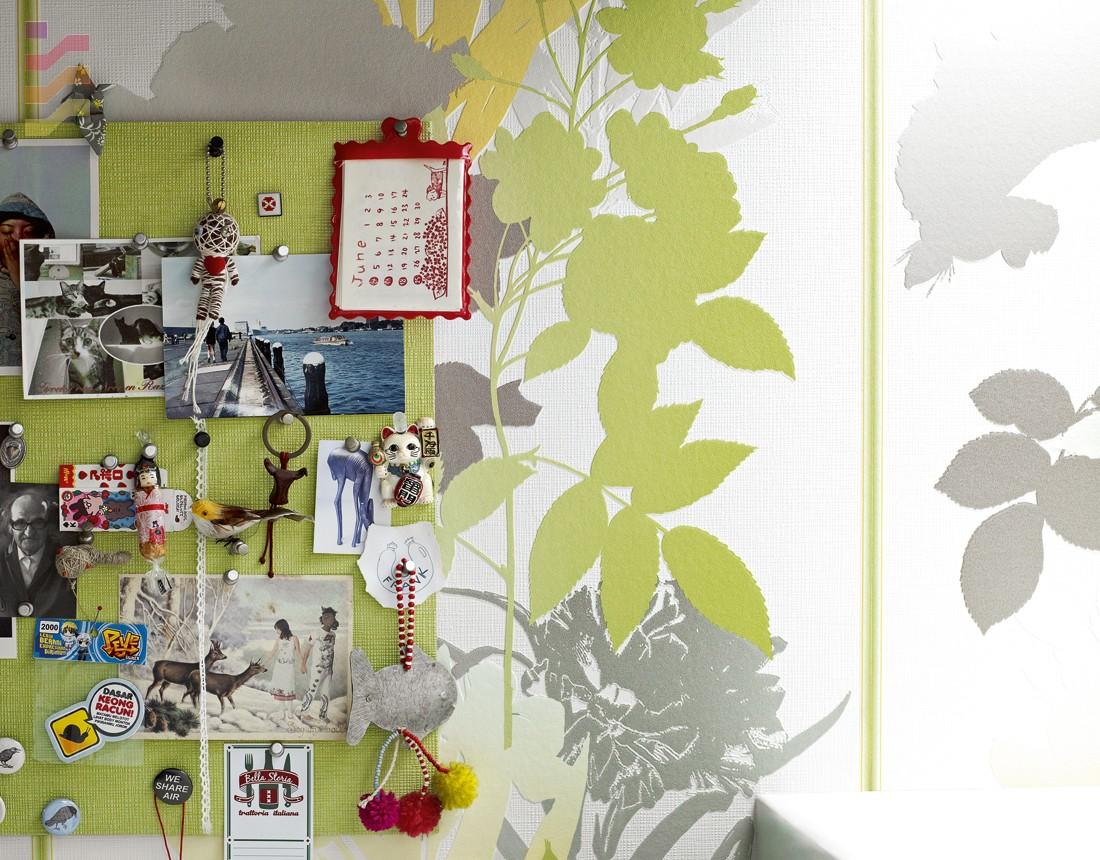 aranżacja tapeta zielone kwiaty
