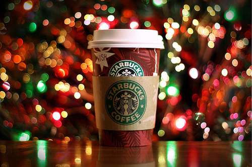 ... and Everything in Between: i love: Starbucks Christmas Drinks