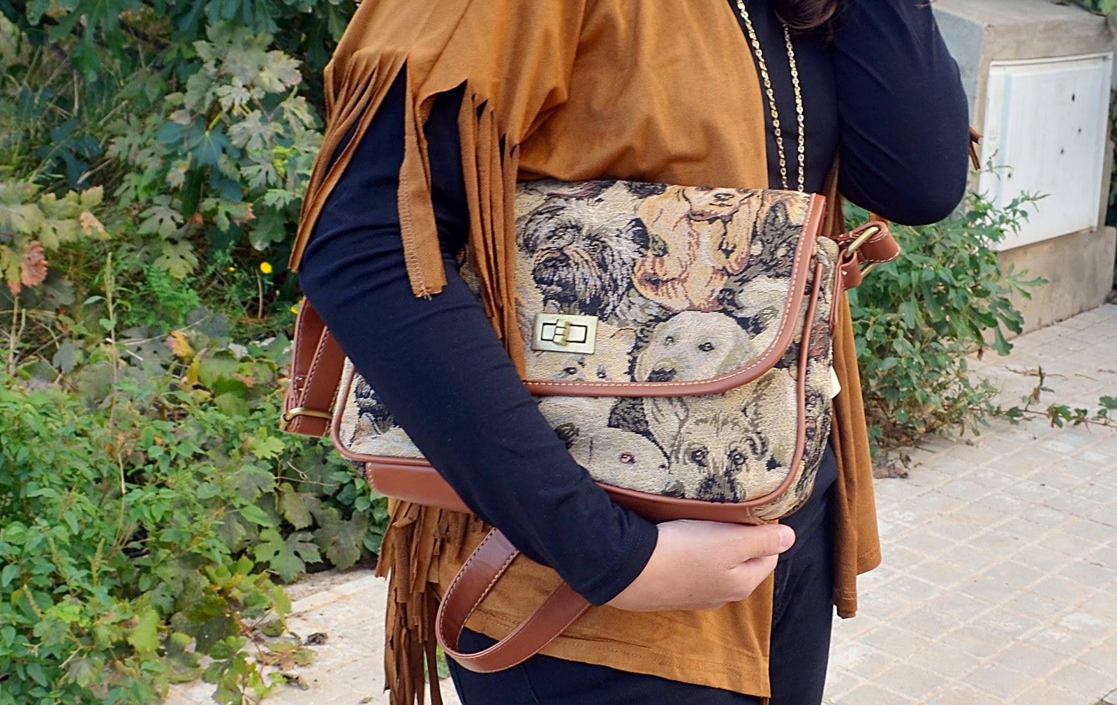 dogs bag, bolso de perros, kimono, flecos, blog de moda, fashion blogger, mi vestido azul, castellón