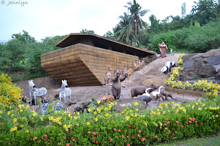 noah's ark at Garin farm