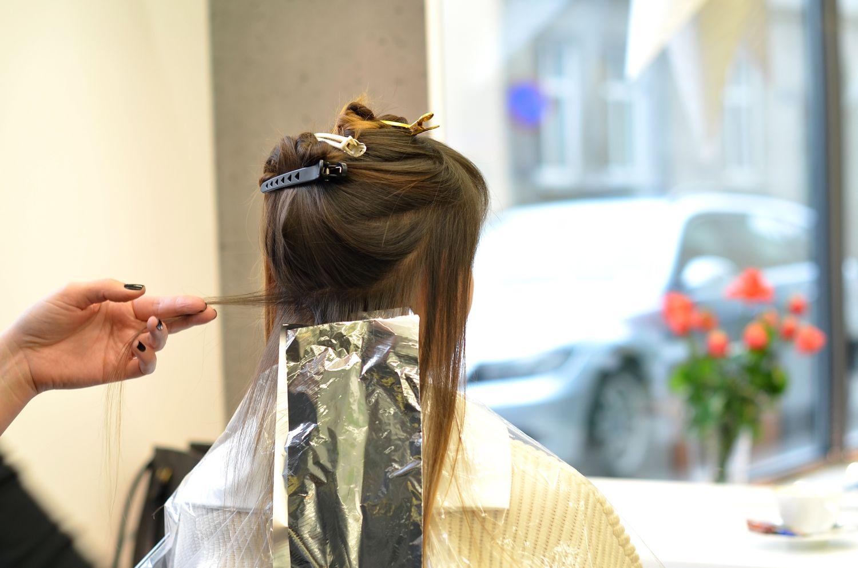 gdzie do fryzjera w krakowie | zaklad fryzjerski moss | gdzie sie uczesac w krakowie