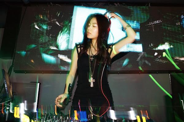 Ryu Hwayoung DJ