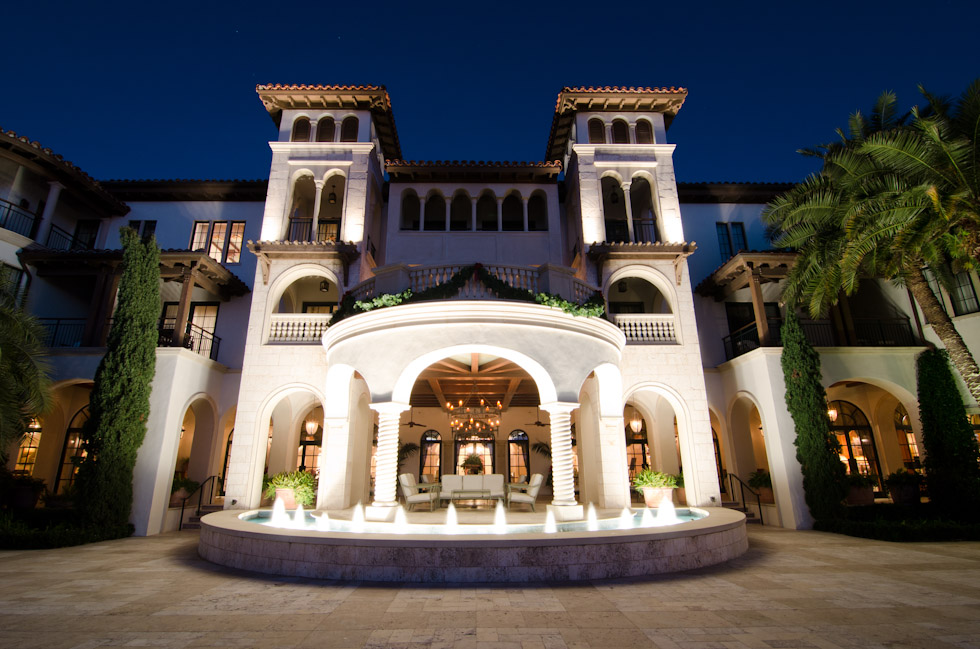 12 >> woman from ABUDHABI: (HOTELS) The Cloister at sea island - USA