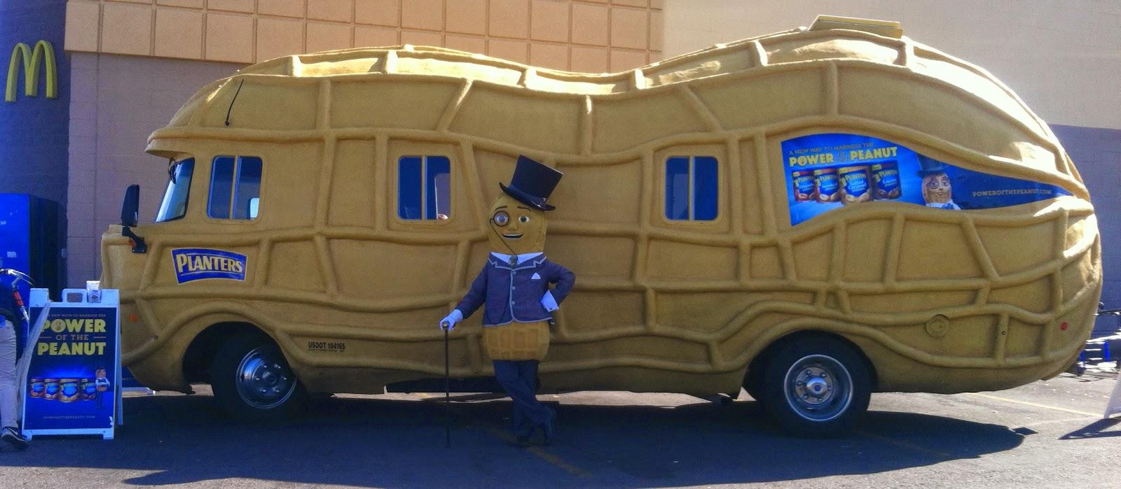 Tucson Daily Photo ~: Tucson says o to the Nut-mobile! on