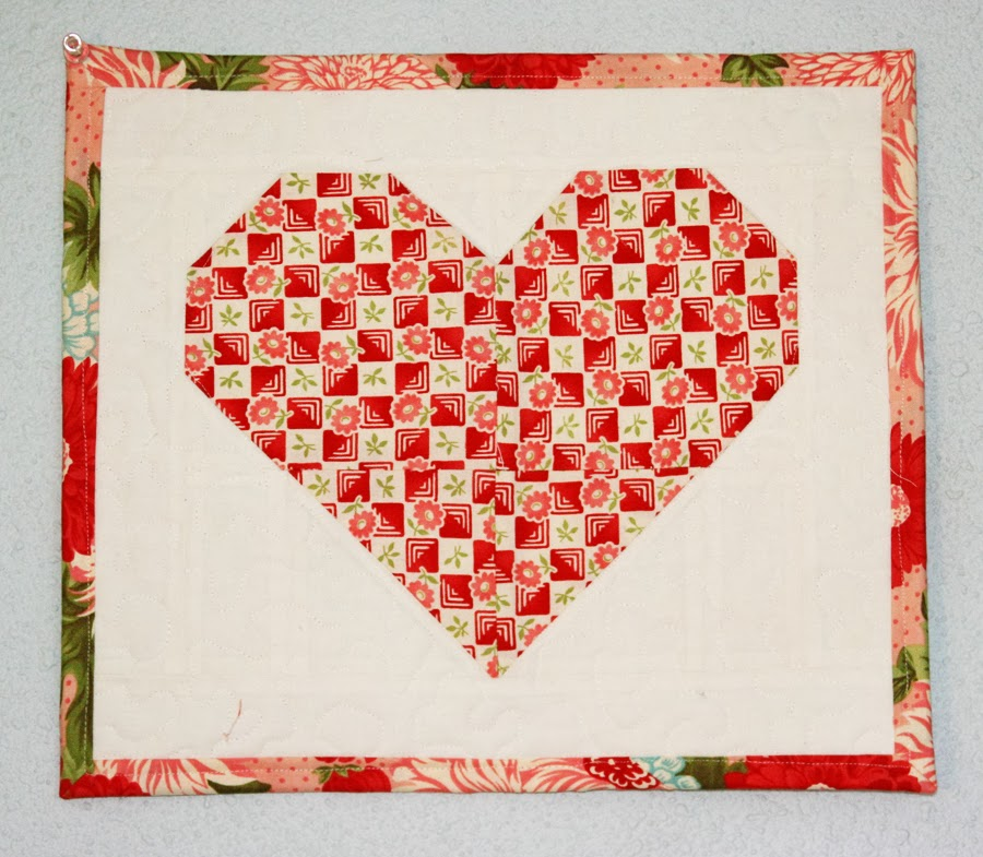 Free Heart Quilt Block Patterns : Quilt Inspiration: Free pattern day: Hearts and Valentines