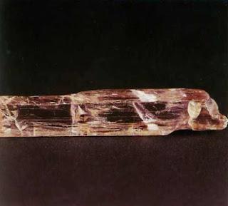 Mineral Spodumen