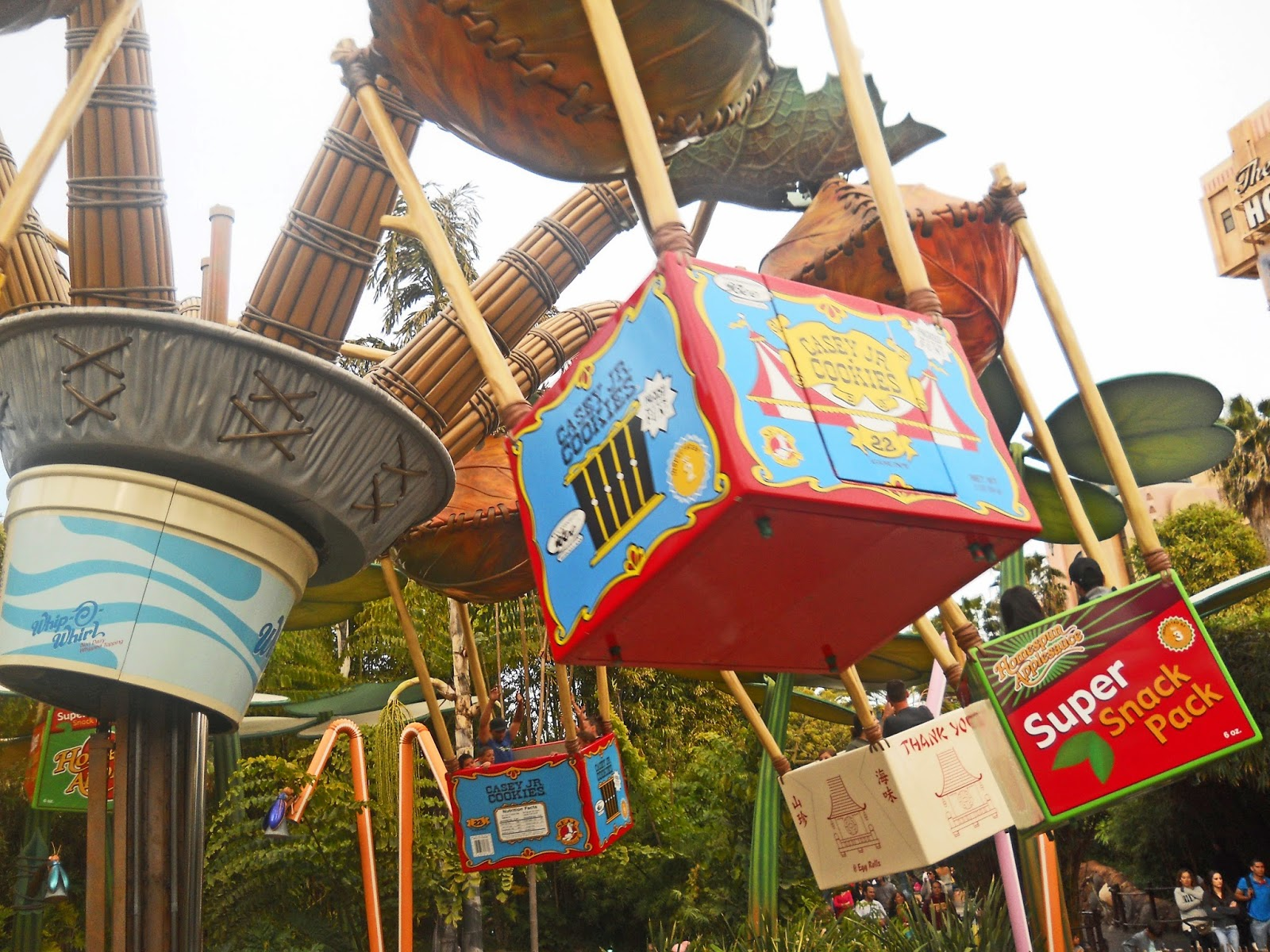 Best rides for preschoolers at Disneyland from LoveOurDisney.com