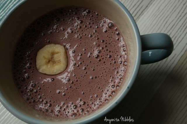 Choccy Banana Berry Smoothie with Banana Disc