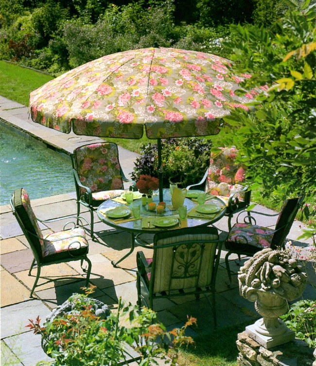 MARTHA MOMENTS: Remembering: Martha Stewart Everyday Garden Furniture  Collections