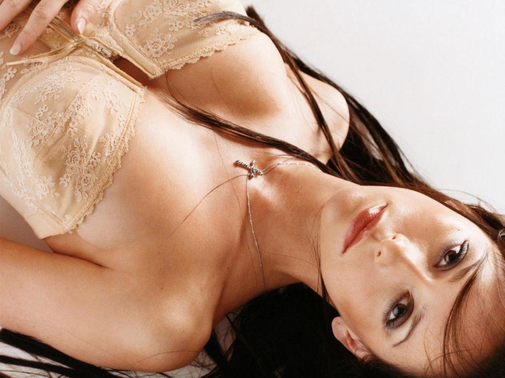 http://1.bp.blogspot.com/-nD24I_F5Kkw/TdtyWYfNbXI/AAAAAAAAAn4/fF6OrCuqNl4/s1600/Jennifer-Love-Hewitt-135.JPG