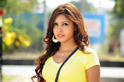 Komal Jha unseen photos gallery-thumbnail-7