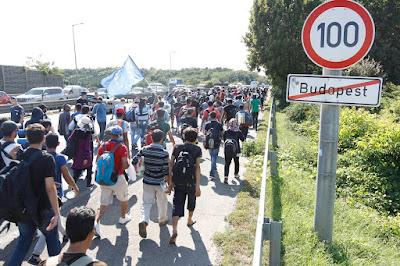 Budapest, illegális bevándorlás, Keleti pályaudvar, Magyarország, migráció, migránsok,
