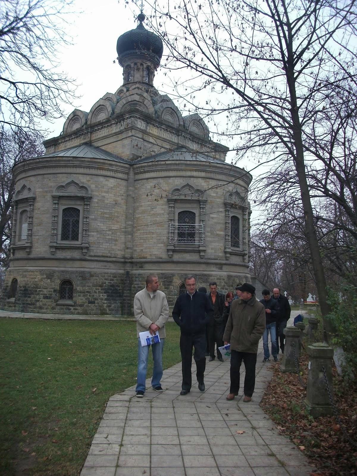 """În vizită la Biserica """"Sf. Nicolae"""" (Roznovanu), 13.11.2013..."""