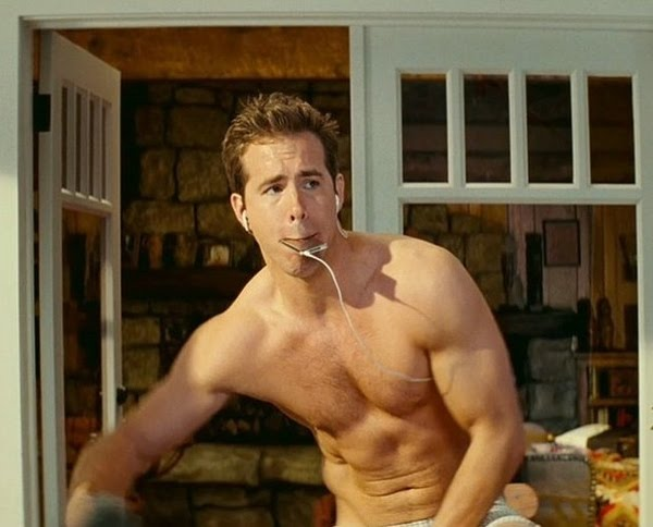 ryan reynolds shirtless. Ryan Reynolds shirtless