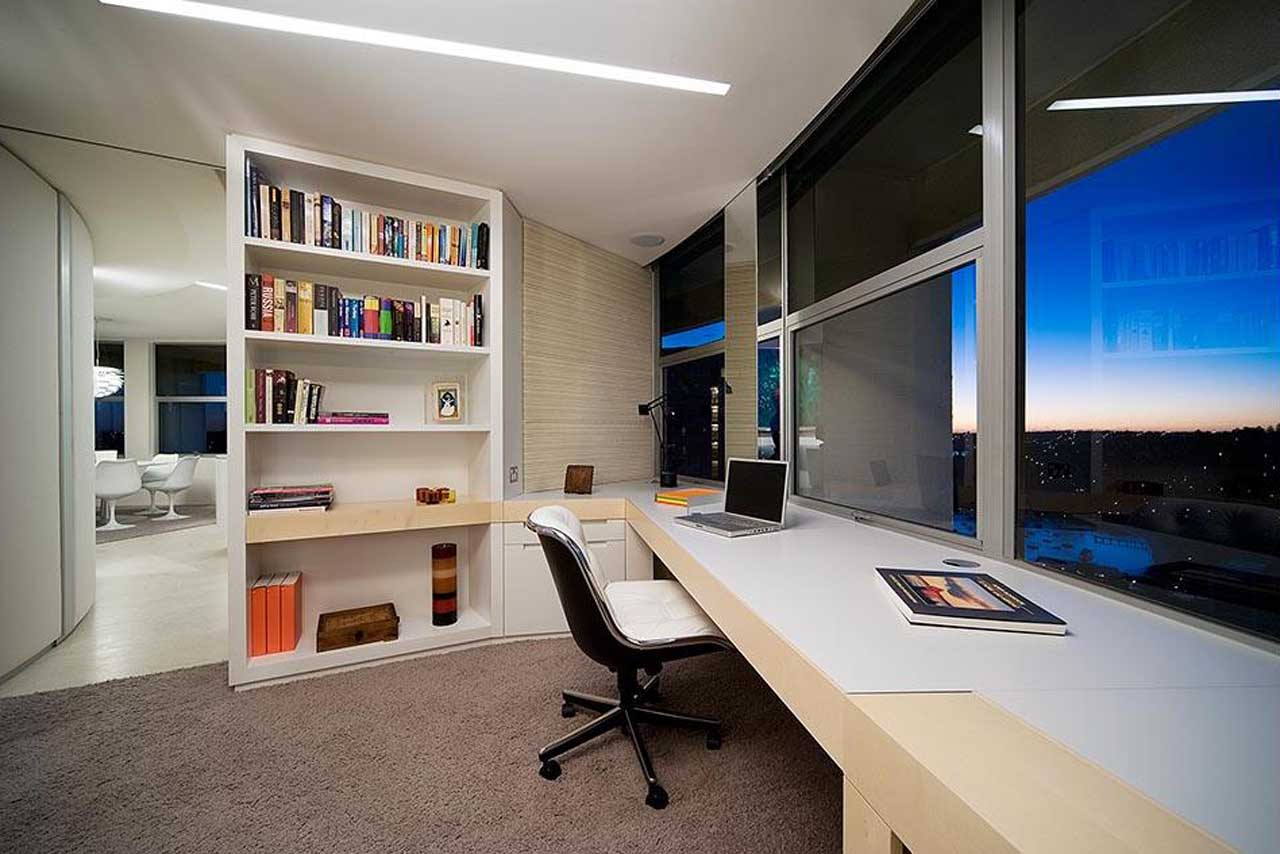 5 Tips How To Decorating An Artistic Home Office Interior