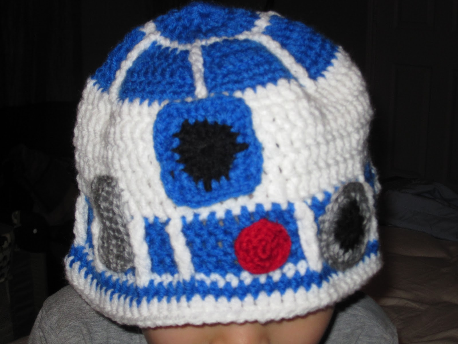 Janettes Crafty Minutes Crochet R2d2