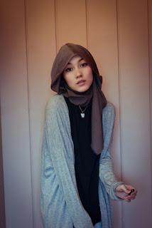 Foto Hijab Hana Tajima Terbaru