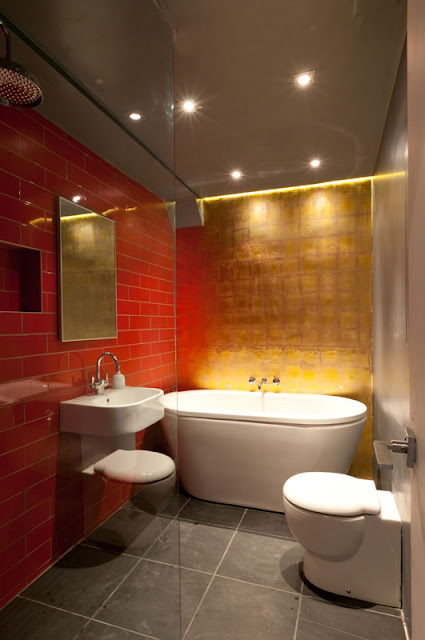 How a British architect transformed public bathroom into an amazing home?
