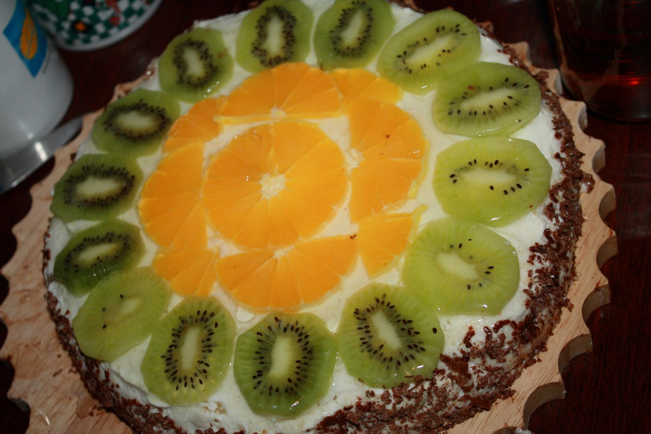 Украшение детского торта фруктами фото