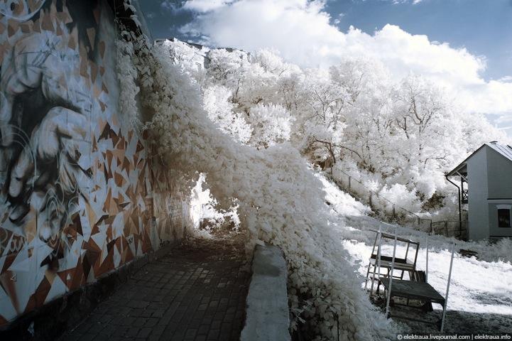 صور رائعة بالاشعة تحت الحمراء الجليدية في كييف
