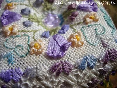 Бискорню вышивка лентами