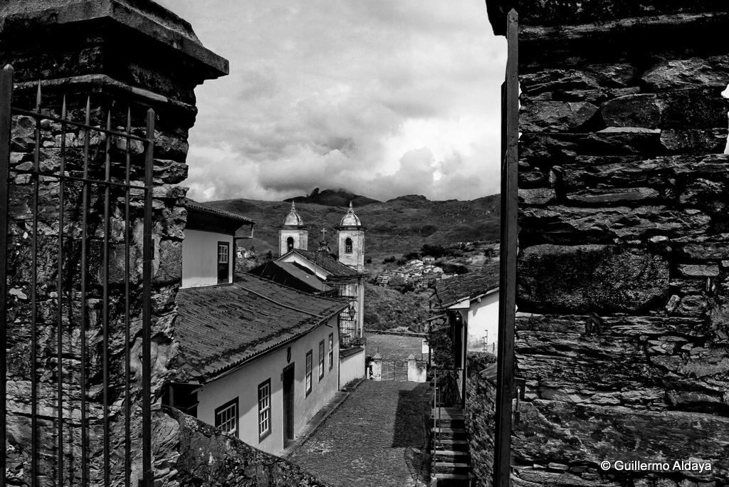 In Ouro Preto (Minas Gerais, Brazil), by Guillermo Aldaya / Minas Gerais