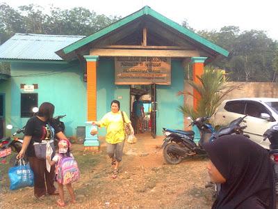 kolam renang kampung II Megang sakti