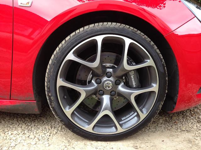 2013 Astra VXR brakes