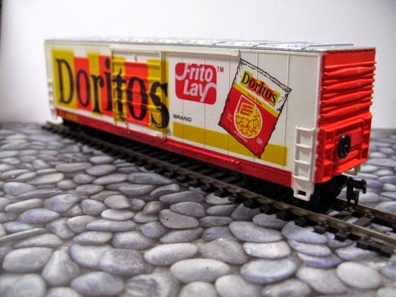 https://www.etsy.com/listing/112180075/doritos-chips-advertising-train-50-foot?ref=favs_view_1