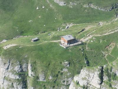 Caraiman Cabin / Cabana Caraiman, Bucegi Mountains