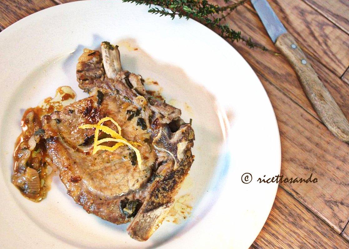 Braciole di maiale alle erbe aromatiche ricetta di carne suina