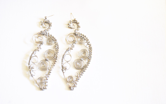 beads and wires oriental earrings