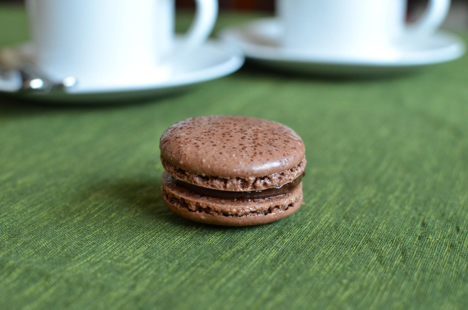 Playing with Flour: Chocolate macarons - the final saga