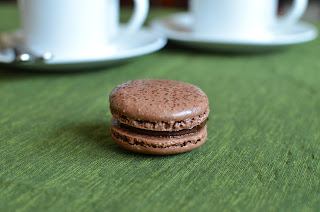 Playing with Flour: Chocolate macarons - the final saga