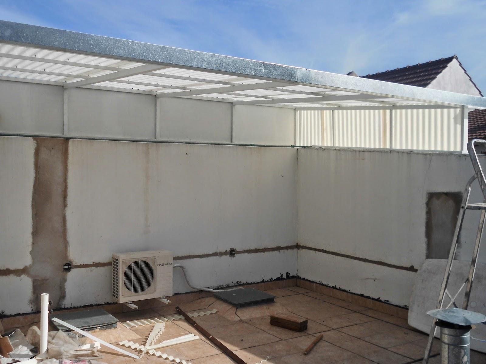 Entrepisos de madera escaleras techo chapa blanca con for Escalera de madera para entrepiso