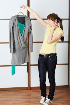 Cara Memilih Baju Sesuai Bentuk Tubuh