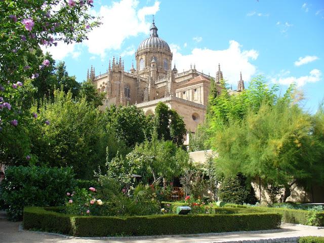 Miguel y amparo se casan luna de miel - Jardin de calisto y melibea salamanca ...
