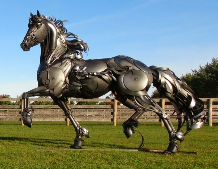 07-John-Lopez-Scrap-Iron-Animal-Sculptures-www-designstack-co