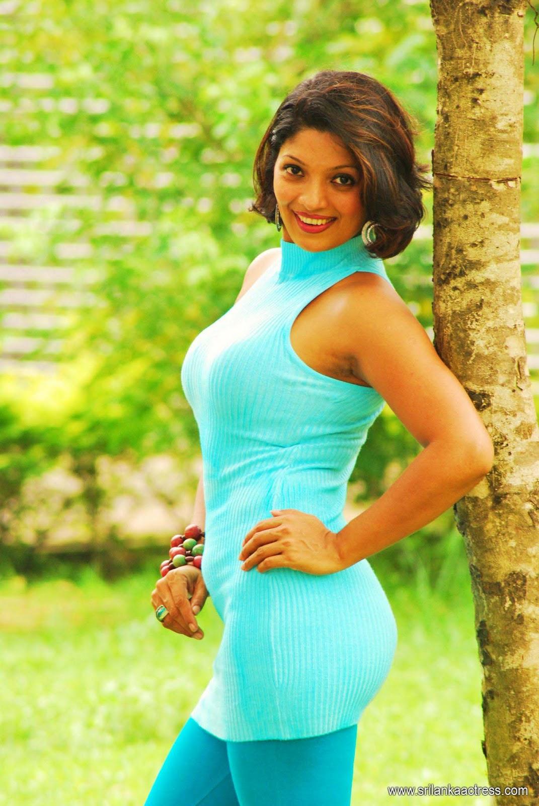 Sri lankan girls in black bra pics-Xxx pictures