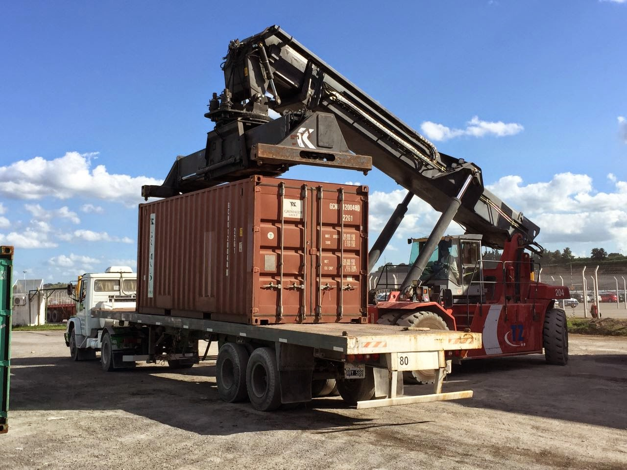 Das verschiffen eines Fahrzeuges nach Südamerika im Container. Von Geländewagen, 4x4 bis zum Wohnmobil