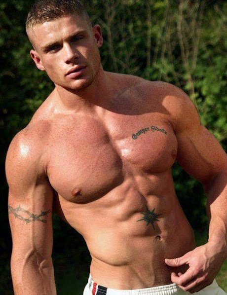 gay hunks muscle