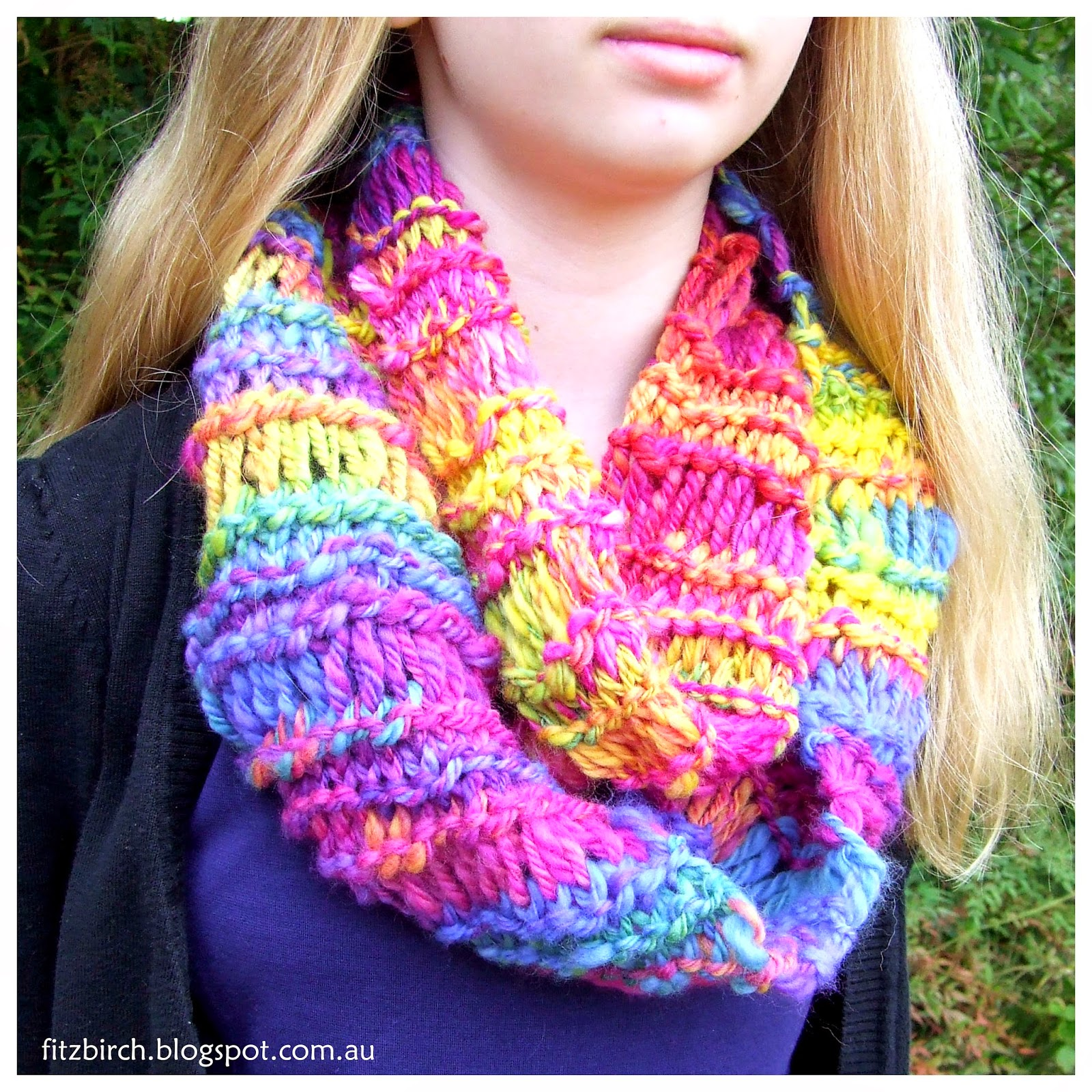 Crochet Scarf Patterns With Homespun Yarn : FitzBirch Crafts: Homespun Cowl
