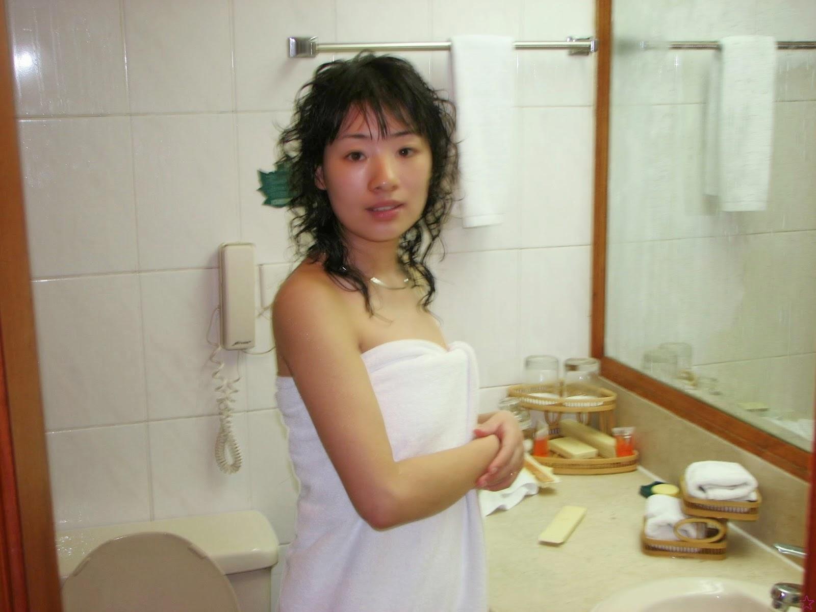 Leak nude japanese wife