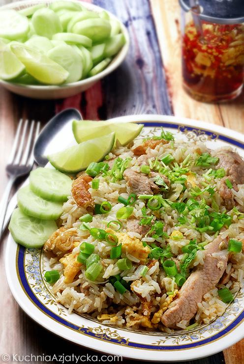 Tajski smażony ryż z wieprzowiną © KuchniaAzjatycka.com