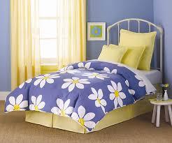 Dormitorios decorados en azul y amarillo dormitorios con - Habitaciones amarillas ...